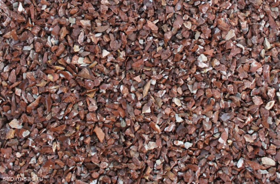 Декоративный щебень розовый (мрамор) фр. 5-10 мм.