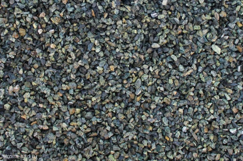 Декоративный щебень  зеленый (змеевик) фр. 5-10 мм