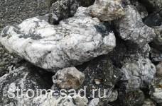 Черный гранит — кварцит фр. 100-1000 мм.