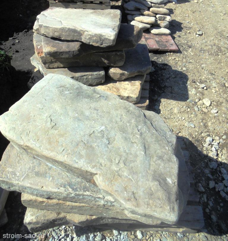 Песчаник плиты(толщ. 10-25 см, шир.50-250 см) шт.
